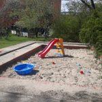 Sandkasten im Familienzentrum